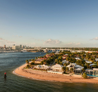 Fort Lauderdale-Beaches and skyline