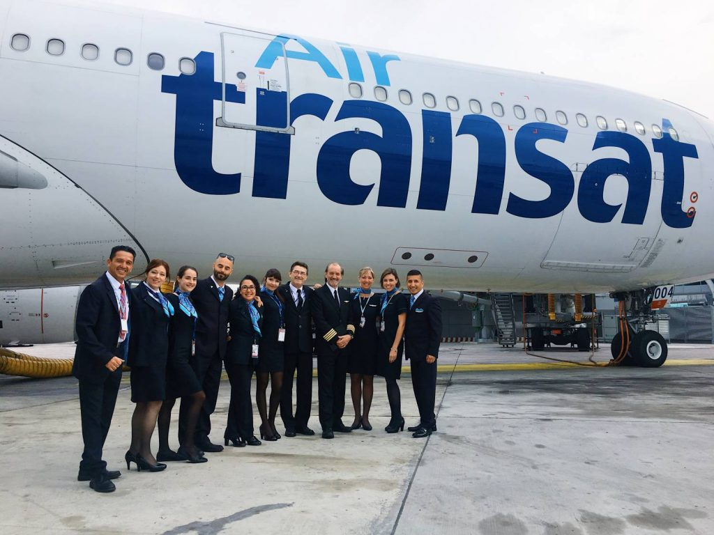 Captain pich an ordinary man with an extraordinary life for Avion air transat interieur