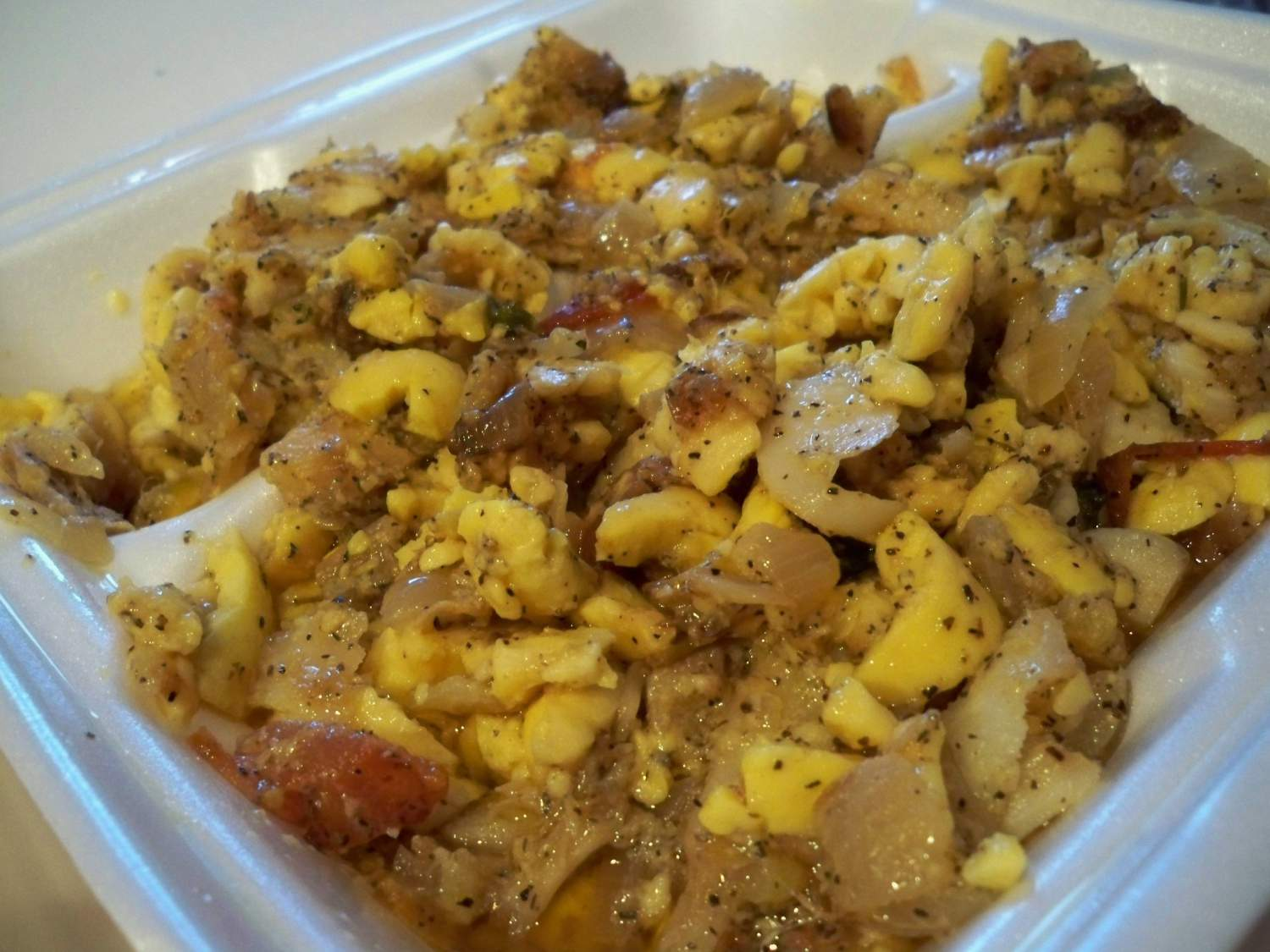 Delicious traditional jamaican food experience transat for Authentic jamaican cuisine
