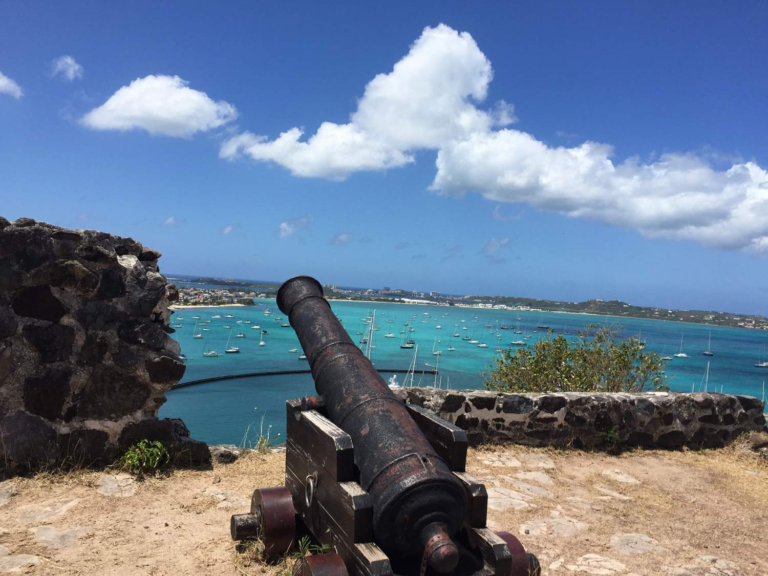 Cannon over St-Maarten
