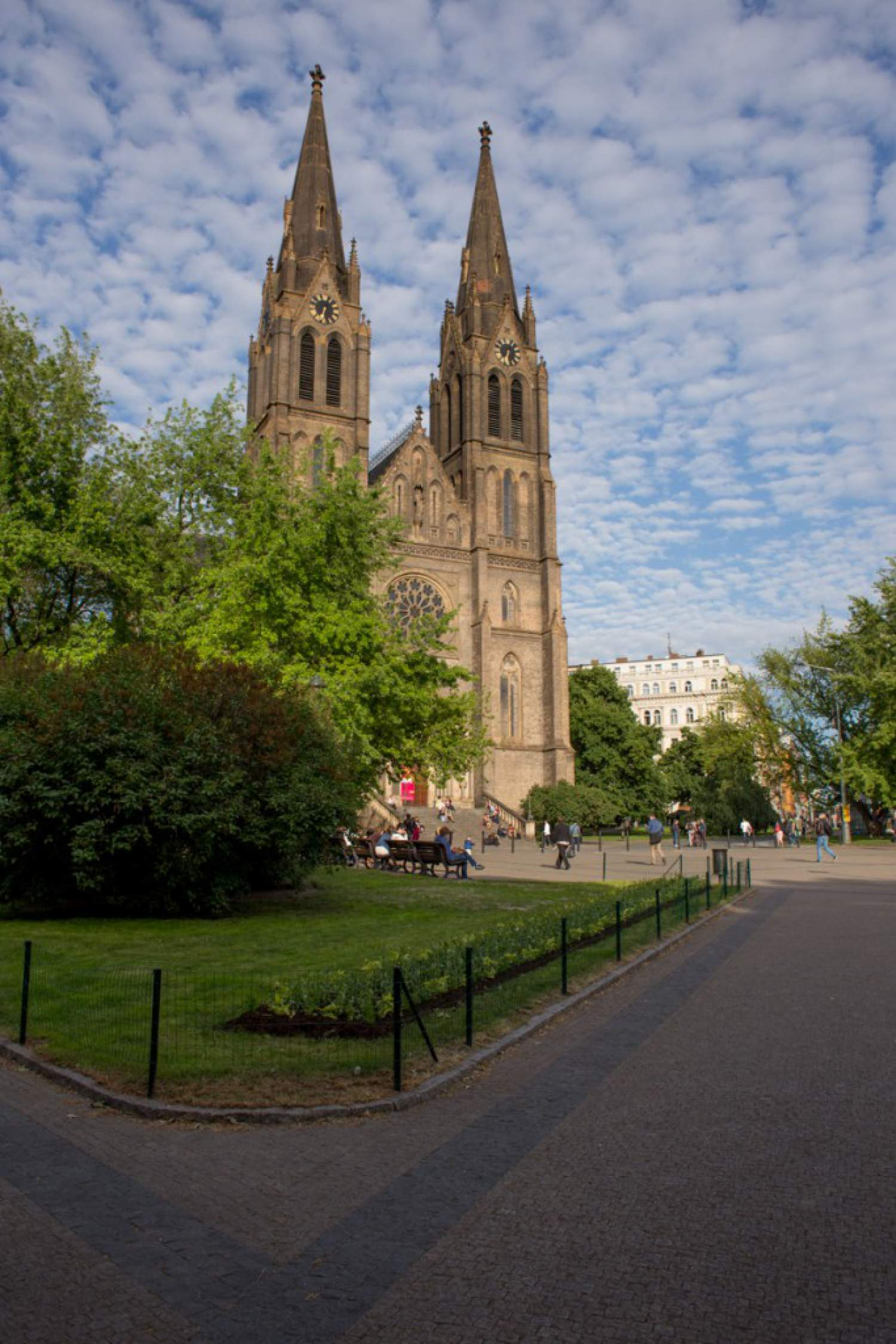 Prague's neighbourhood: Namesti Miru