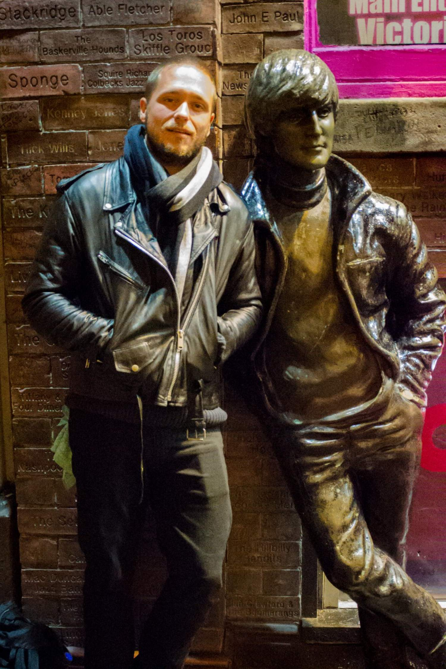 Statue of John Lennon at The Cavern bar