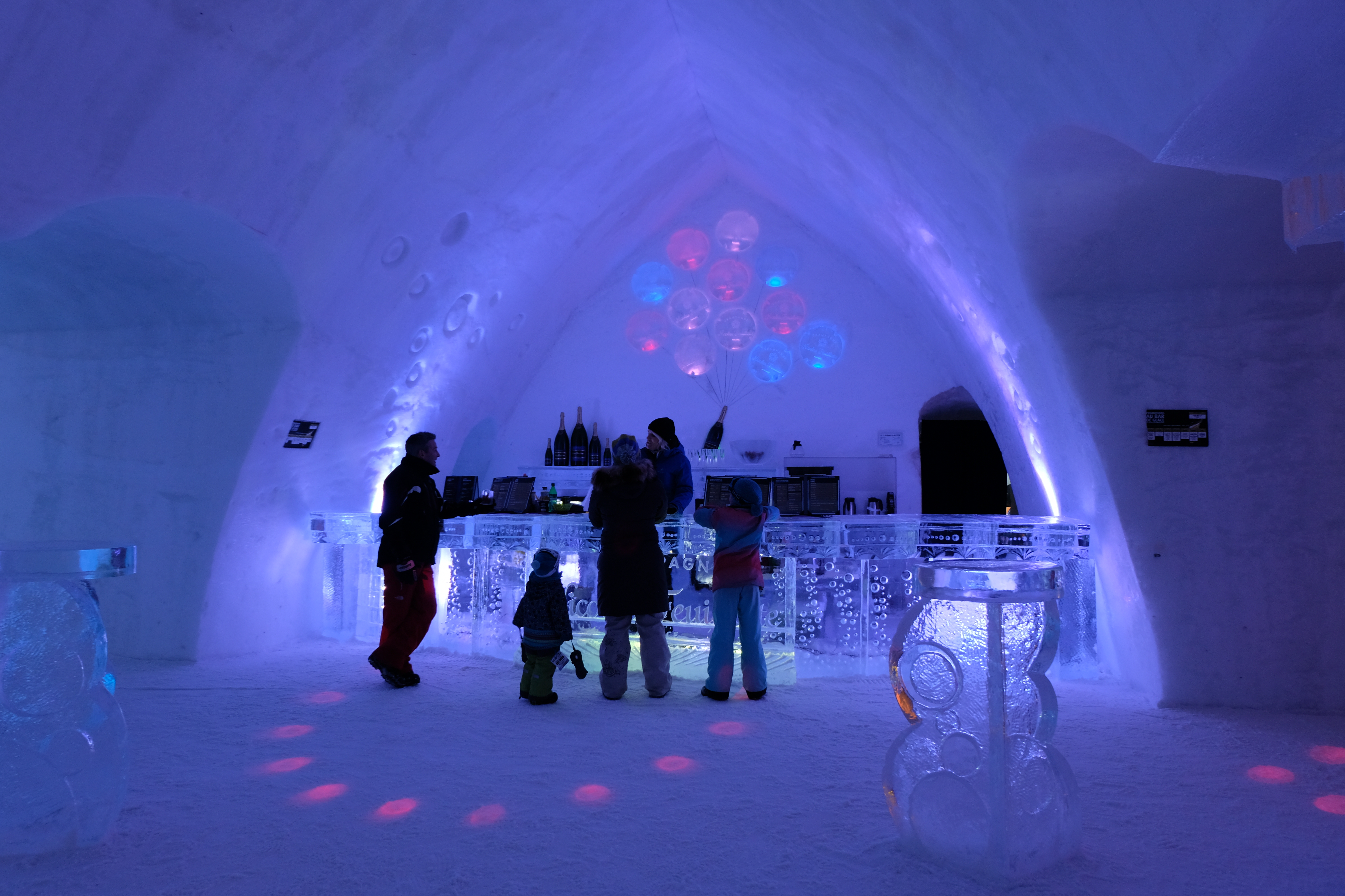 Ice bar in the entrance of the Hôtel de Glace in Valcartier