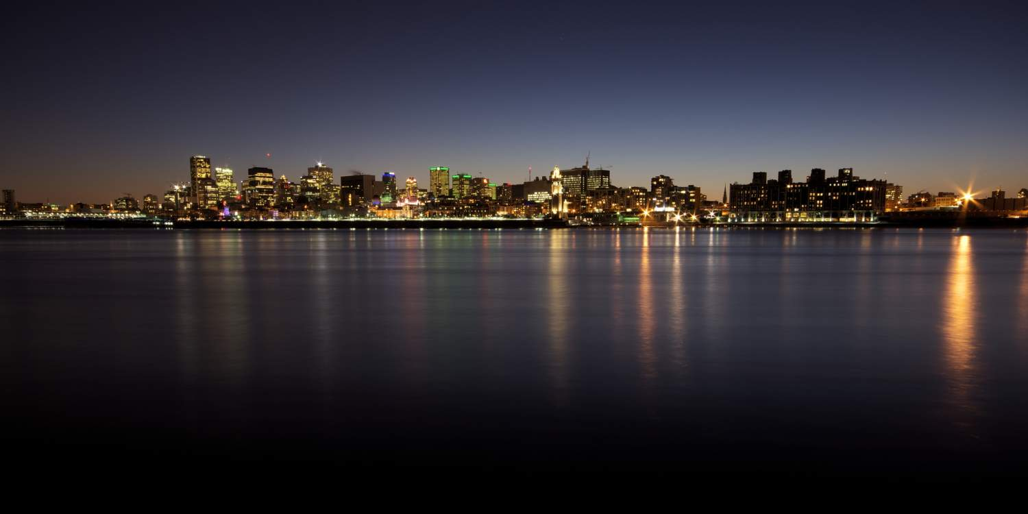 Panoramic view of Montreal at night