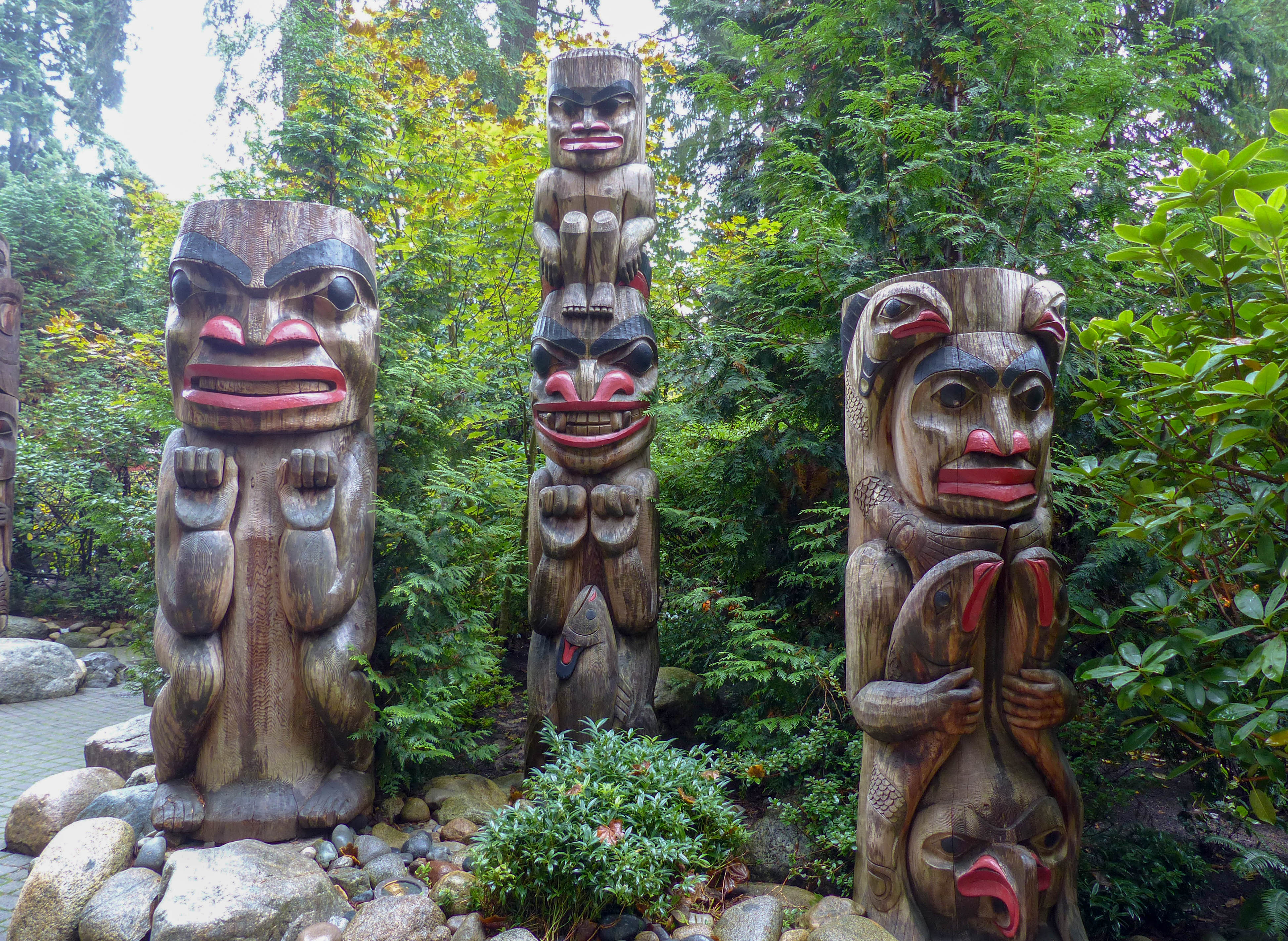 Capilano Suspension Bridge Park totem poles - Autumn in Vancouver