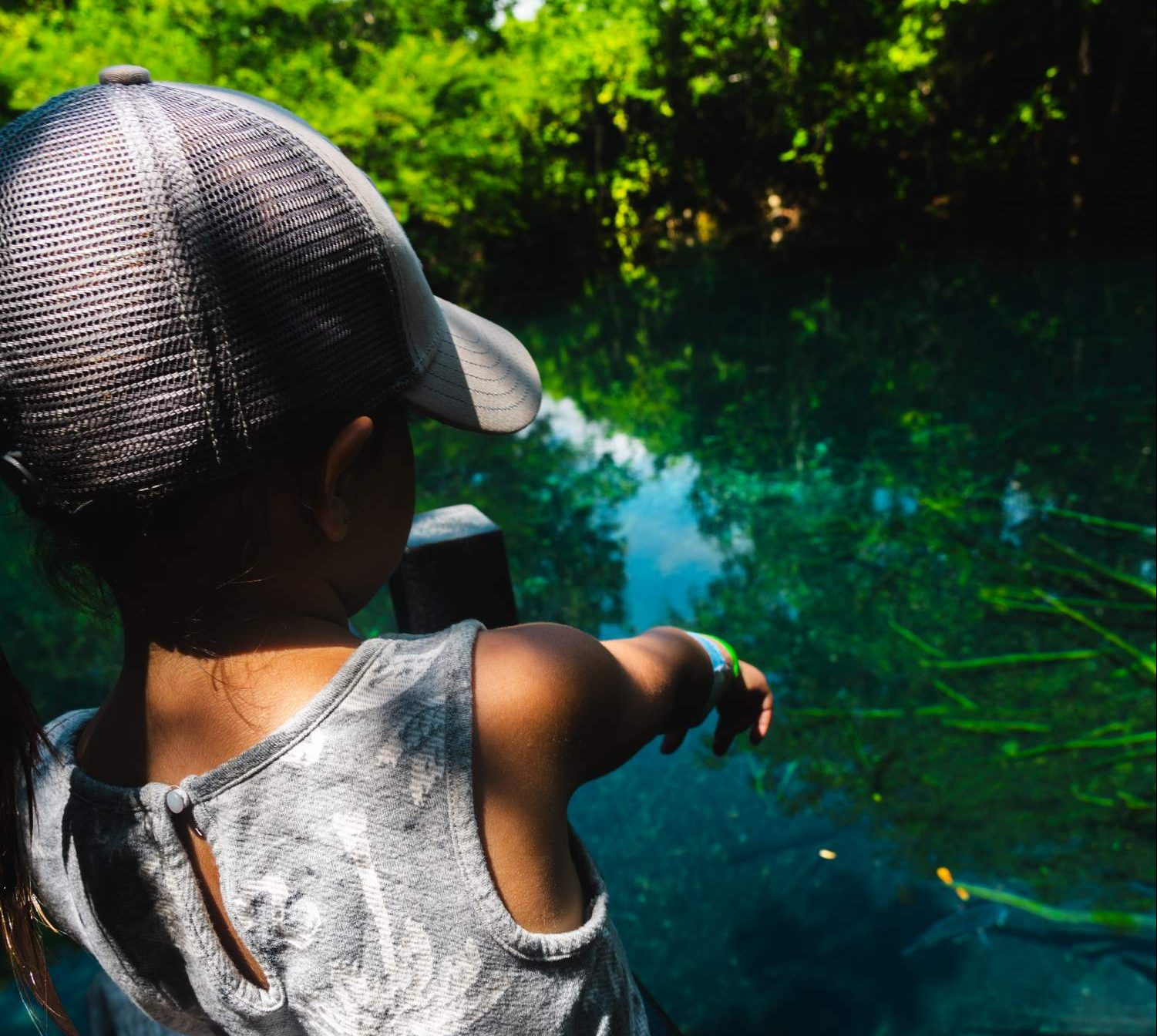Kids at the Indigenous Eyes Ecological Park and Reserve in Dominican Republic