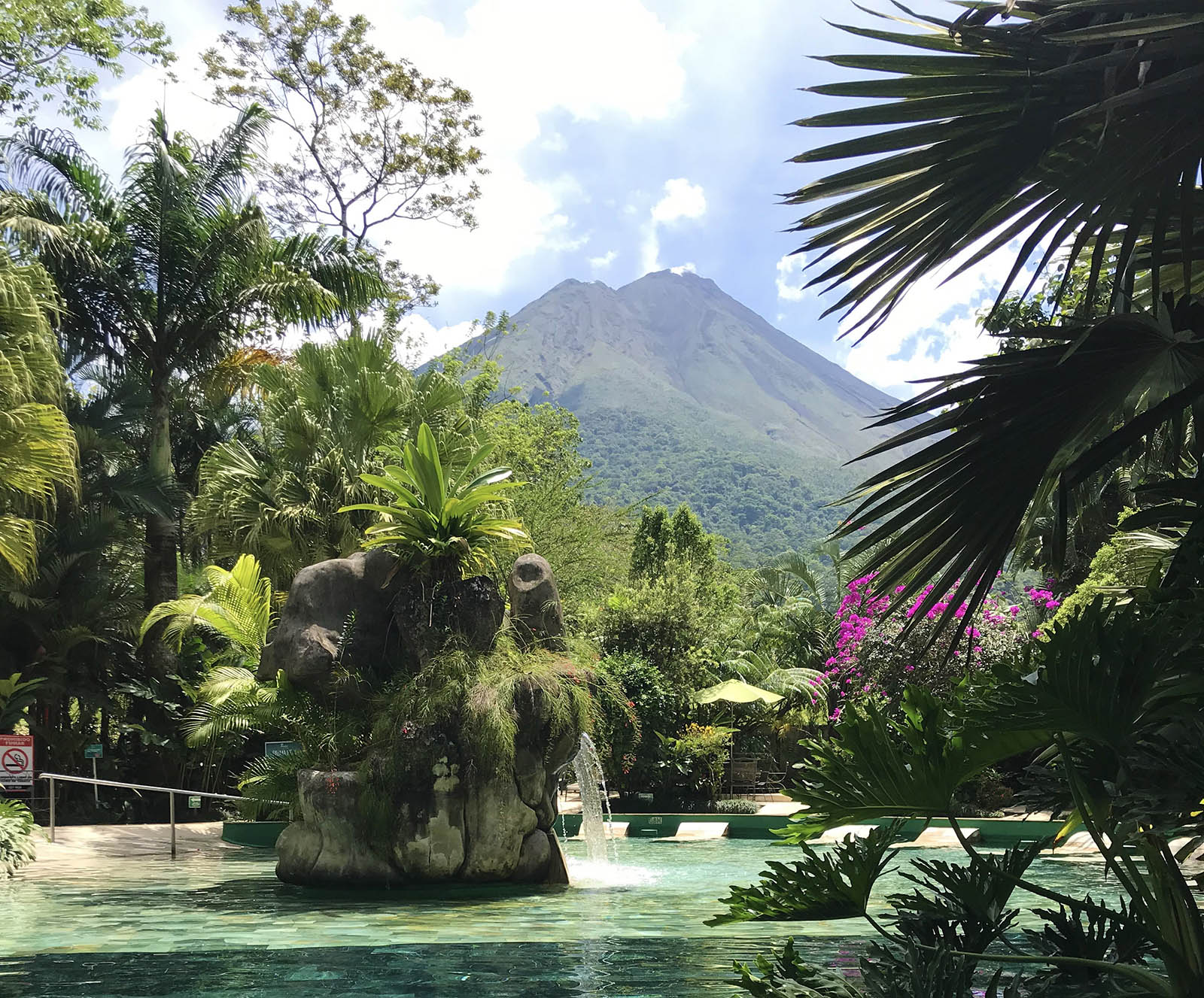 Chocolate Attractions in the South - chocolate wrap at Paradise Hot Springs Spa by Arenal Volcano in Costa Rica
