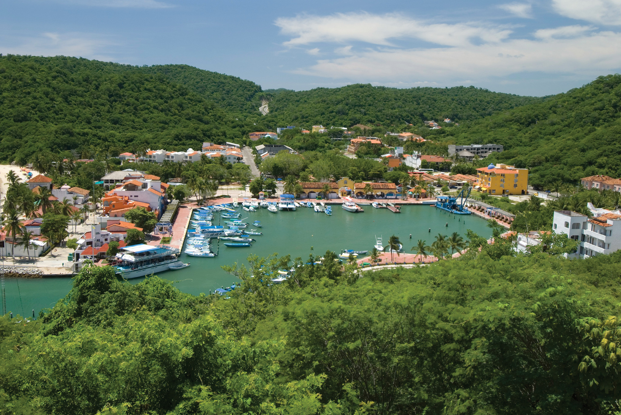 Flights to Huatulco | Air Transat