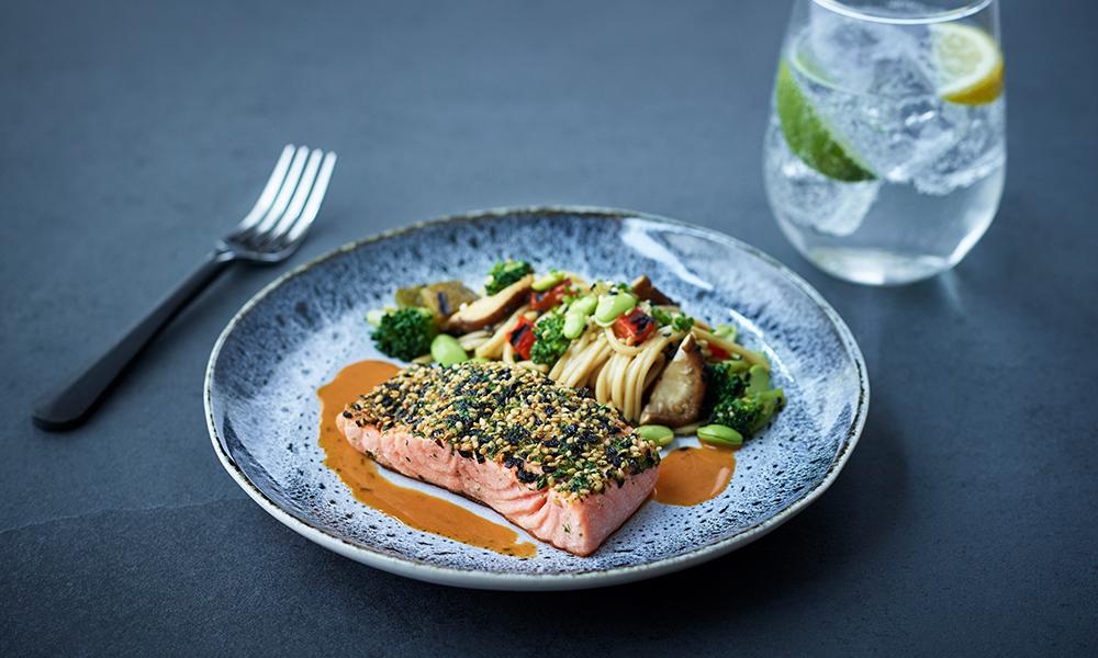 Salmon fillet with Asian noodles